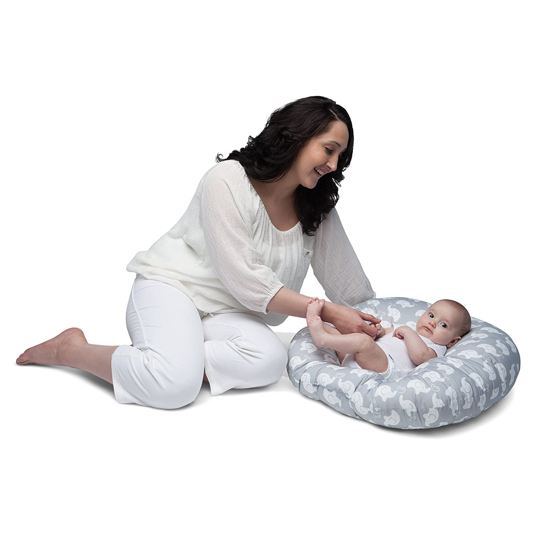 amazoncom  boppy newborn lounger elephant love gray  baby -