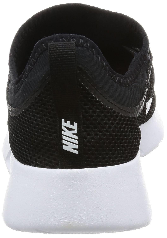 NIKE Women's Tanjun Slip-On Shoe B01LXVXBMT 11 B(M) US Black/White