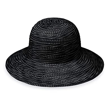 Wallaroo Hat Company Women s Petite Scrunchie Sun Hat – Black White Dots –  UPF 50 0c1aff68b335