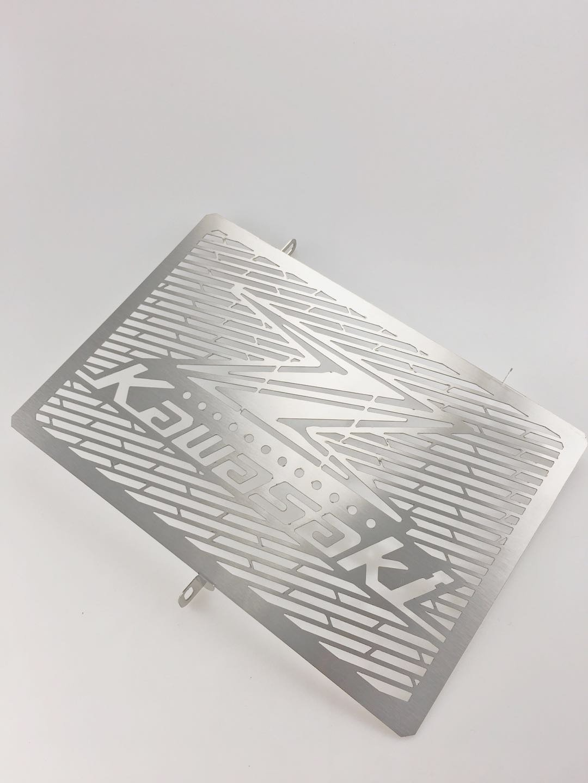 Grille de radiateur Moto Guard Housse de protection pour Kawasaki Z1000 2007– 2015 Moto Accessoires en acier inoxydable Grille de radiateur Guard Housse de protection MADRACING