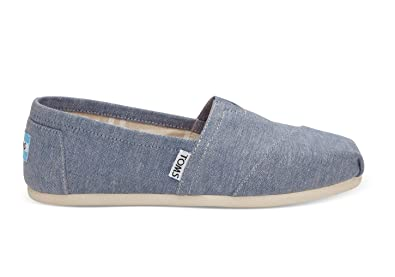 da2bd42bb4b Image Unavailable. Image not available for. Color  TOMS Women s Blue  Chambray Classic 10009752 ...