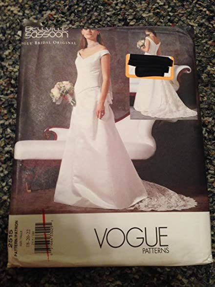 Amazon.com: Vogue 2515 Sewing Pattern, Misses\' Petite Wedding Dress ...