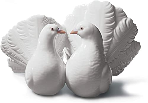 LLADR Couple of Doves Figurine. Porcelain Doves Figure.