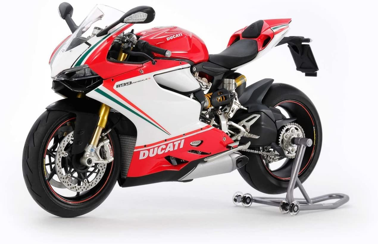 Amazon.com: тamiya 1/12 Moto Series νo.132 Ducati 1199 ...