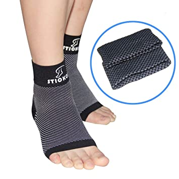 b03623d8b7 Plantar Fasciitis Pain Relief & Recovery Kit - Pack of 4 - Arch Compression  Sleeve Perfect