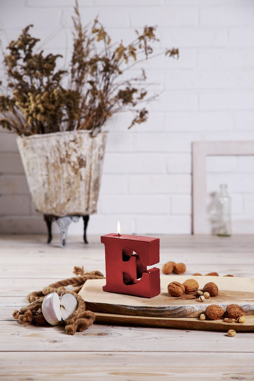 Candellana Candles 5902841364707 Giant Letter E Candles, Red Metallic