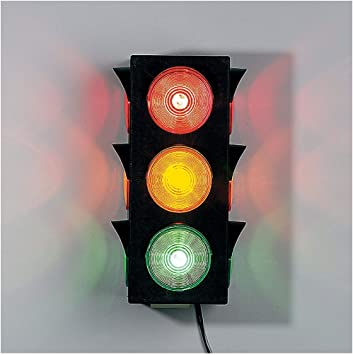 Fun Express In 16 367 Large Blinking Traffic Light Amazon Ca Tools Home Improvement