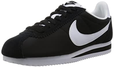 cheap for discount db0fa 7cbc2 Nike Womens Classic Cortez Leather Sneakers (6 M US, Black/White)
