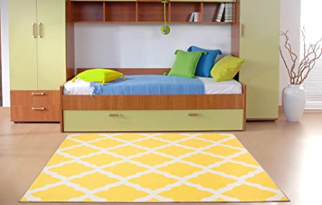 Amazon Com Ottomanson Pnk7021 5x7 Trellis Rug 5 Feet X 6 Feet 6 Inch Yellow Furniture Decor