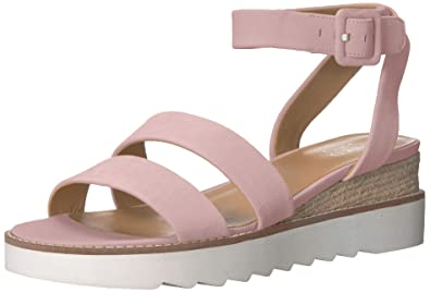 b35afd74e70a Amazon.com  Franco Sarto Women s Connolly Wedge Sandal  Shoes