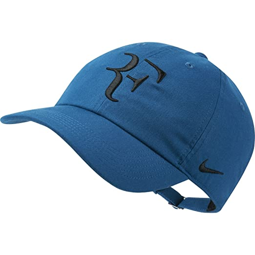 d3b964c3f58 Amazon.com  Nike RF Roger Federer Aerobill H86 Cap (Blue Force Black ...
