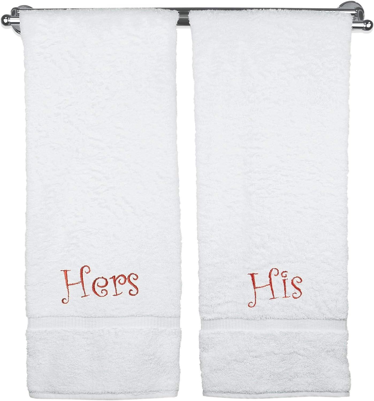 ejemplo de dos toallas de baño personalizadas para pareja