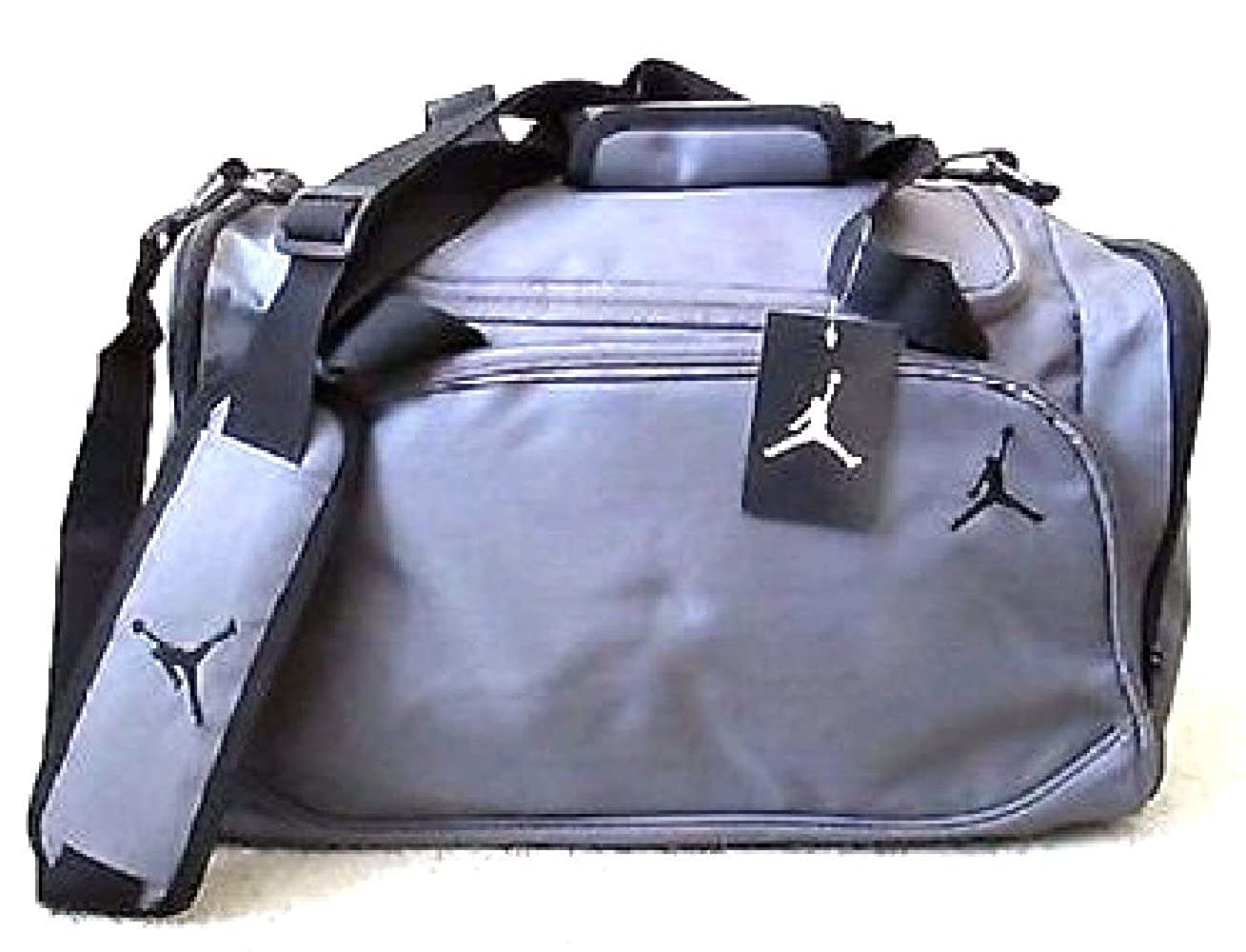 Amazon.com: Nike Jordan Mens Basketball Gym Duffel Duffle ...