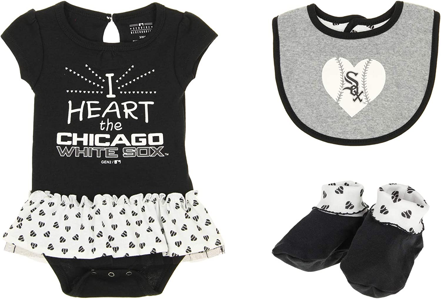 Outerstuff MLB Newborn Play with Heart Creeper Bib & Bootie Set, Team Variation: Clothing