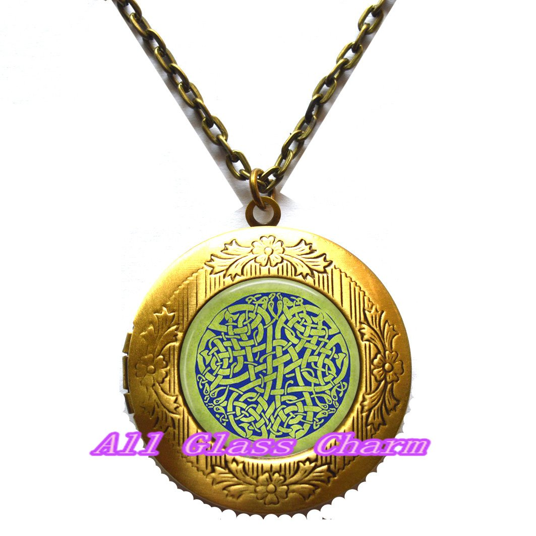 Celt Jewellery,AS0192 Beautiful Locket Necklace,Celtic Knot Locket Necklace Locket Pendant British Isles Locket Pendant Blue Celtic Knot on Spring Green Background Irish Jewellery