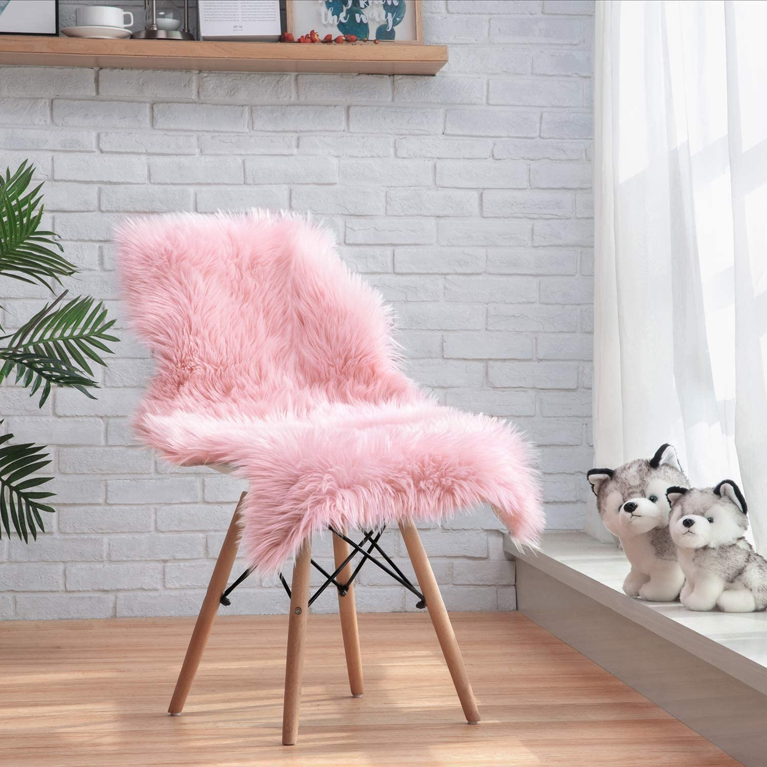 ZCZUOX Faux Sheepskin, Faux Fur Rug, Fluffy Rug for the Bedroom, Living  Room or Nursery, Furry Carpet or Throw for Chairs, Stools and Sofa (Pink,