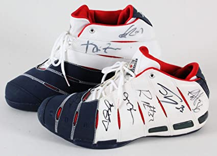 2006 All-Star Game Dwayne Wade Game-Used Shoes Signed by East   West ... 61a1d1ee0710