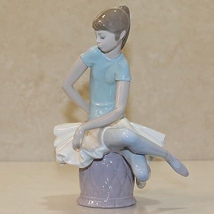 Amazon com: Lladro 1361, Julia (Ballerina sitting): Home