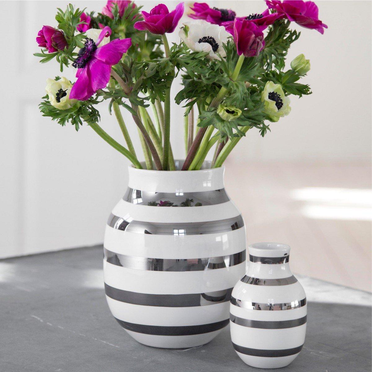 Kähler Design - Vase   Blaumenvase - Omaggio - Keramik - Weiß   silber - Höhe 20 cm