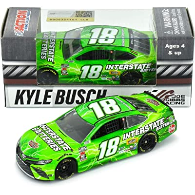 Lionel Racing Kyle Busch No. 18 Interstate Batteries 2020 Camry NASCAR Diecast 1:64 Scale: Toys & Games