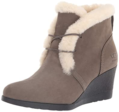 3e442ffd5f1c UGG Women s W JEOVANA Fashion Boot Mysterious 5.5 ...