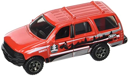 Matchbox  Mbx Road Trip   Ford Expedition Red