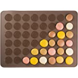 Andrew James Macaron Baking Mat - Non-stick Flexible Silicone Mat for 24 Macarons or 48 Mini Cookies or Biscuits - Dishwasher and Freezer Safe - Easy Clean