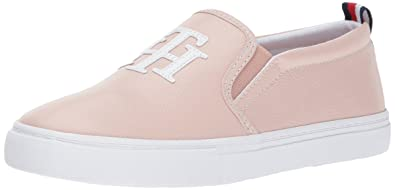 3c80e8c6 Amazon.com | Tommy Hilfiger Women's Lucey Sneaker | Fashion Sneakers