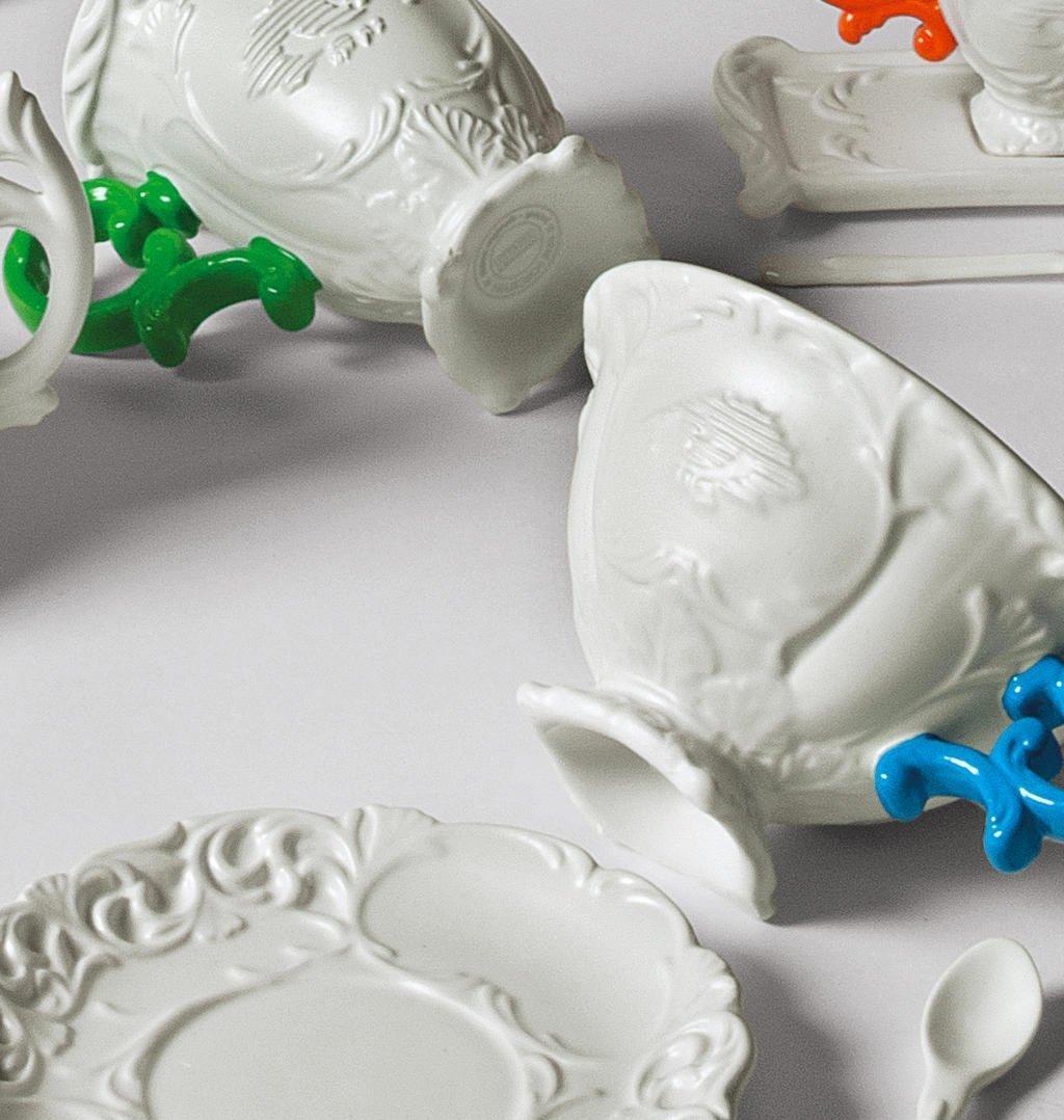 White//Fucsia SELETTI I‐Wares Set with Coloured Handle Porcelain