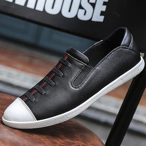 Zapatos casuales para hombres Zapatos de cubierta de moda Mocasines planos Zapatos de cuero cómodos Adecuado