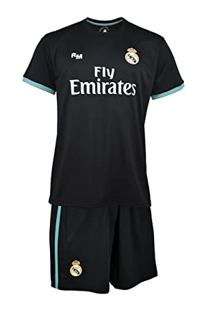 590a39bb8 Real Madrid Ronaldo Children s Jersey and Shorts Set  Amazon.co.uk ...