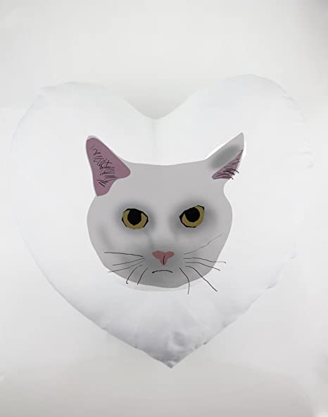 Un Prototipo de un gato cabeza. Funda de almohada en forma de corazón