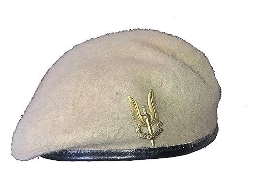 f8483e790c80c Reproduction SAS Special Air Service Sand Beret + Metal Cap Badge - Extra  Large  Amazon.co.uk  Clothing