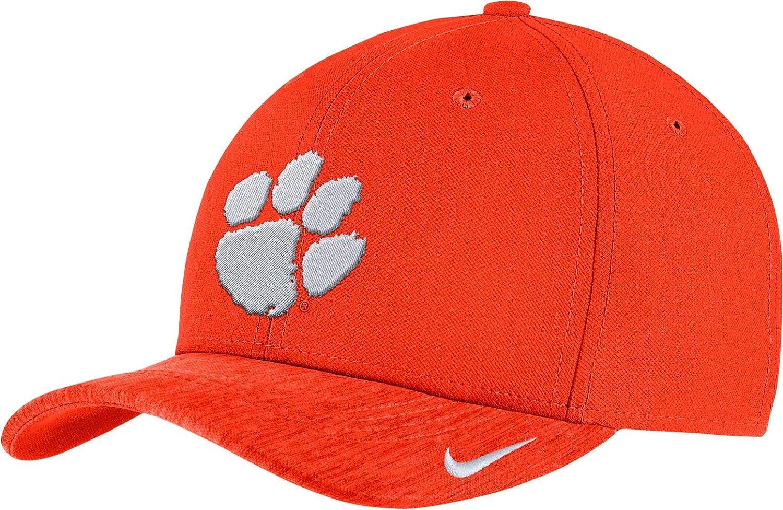 2a181d805f4 Amazon.com   Nike Men s Clemson Tigers Orange Aerobill Swoosh Flex  Classic99 Football Sideline Hat   Sports   Outdoors