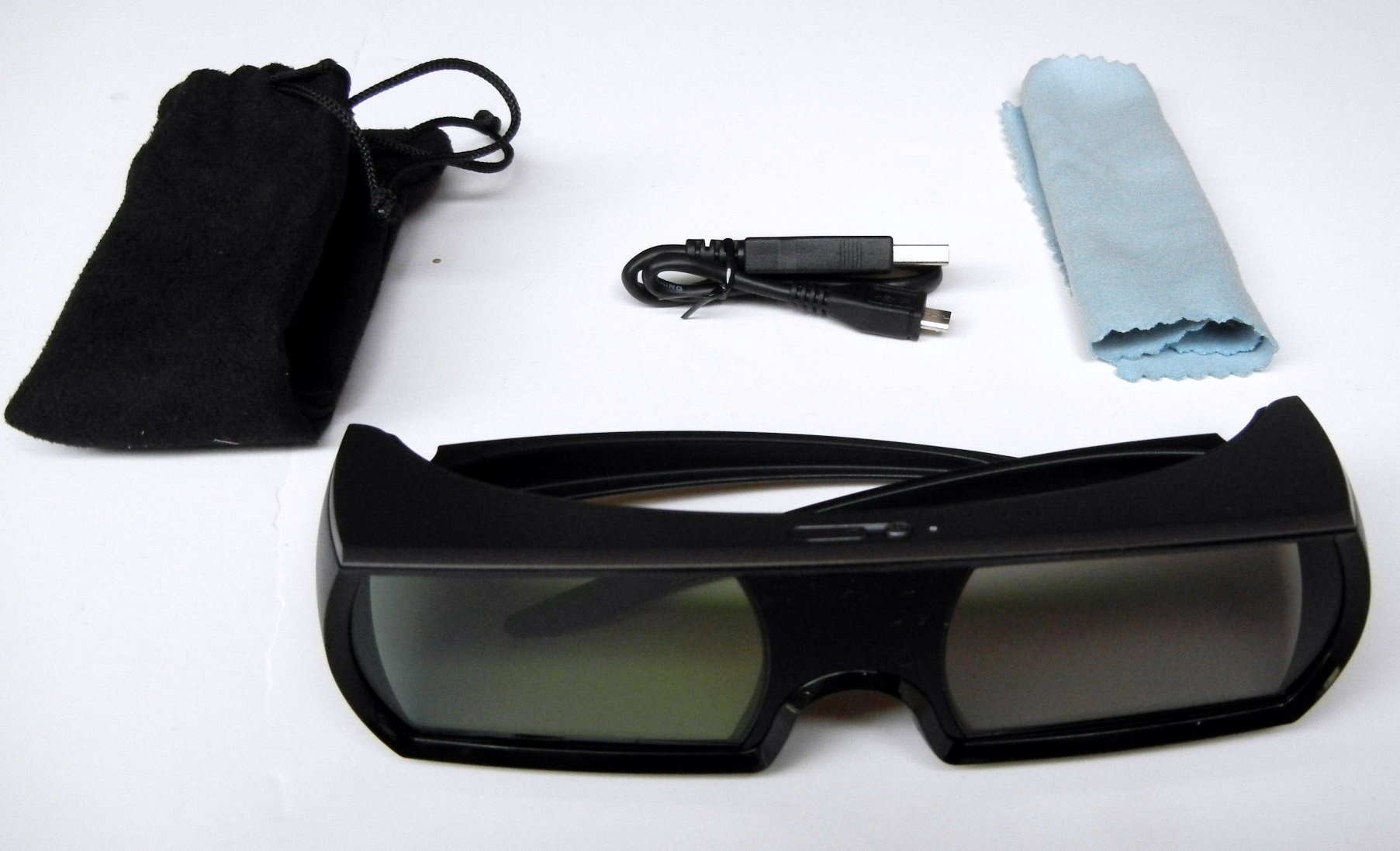 Universal glasses for Panasonic- Sharp, Sony , Samsung C Series 2010 LCD 3DTV , and Projectors EPSON Powerlite, Panasonic AE7000, NOT FOR PANASONIC T50 and later RF models !!