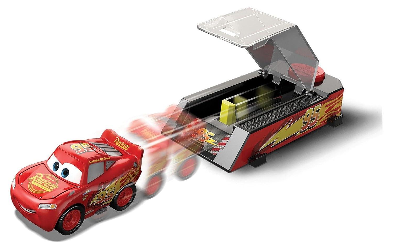 b51ed634ad Cars Disney Pixar 3 - Mini Racers - Pocket Launcher  Amazon.co.uk  Toys    Games