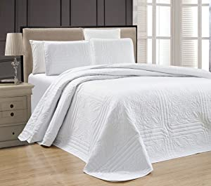 3-Piece White Oversize Stella Grande Bedspread King/Cal King Embossed Coverlet Set 118 by 106-Inch