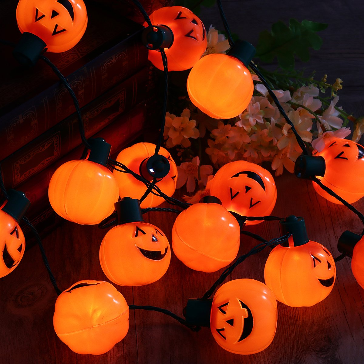 YUNLIGHTS Halloween String Lights 35-Inch Pumpkin Necklace with 6 Lighting Modes for Home Party, Halloween Decorations,2 Pack