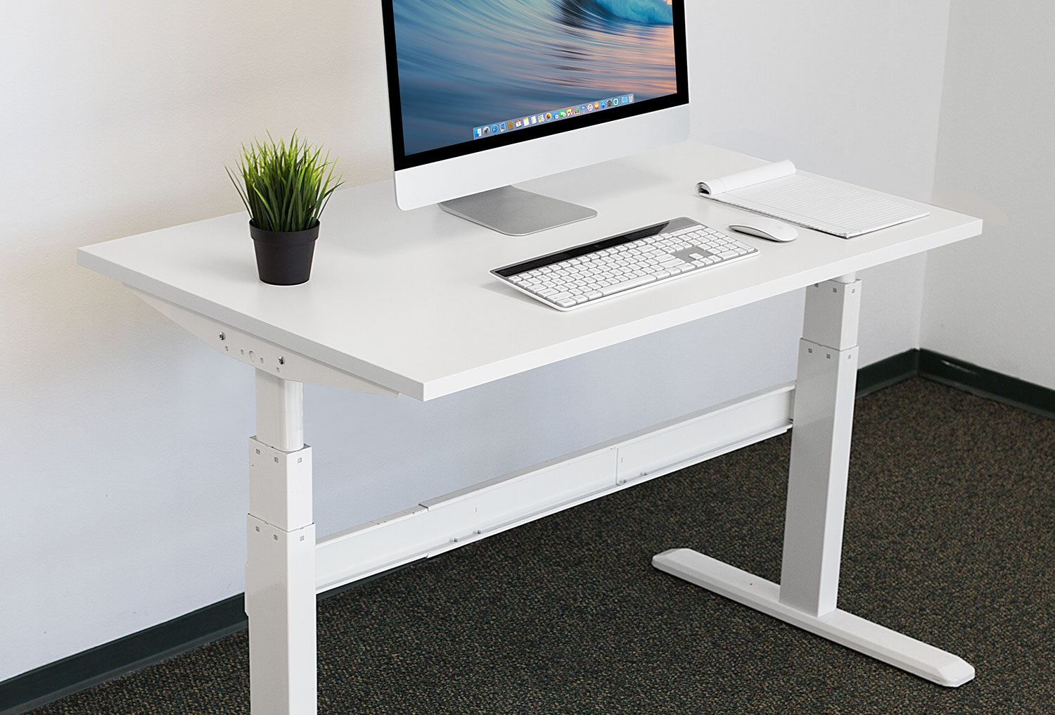 Mount-It Desk Table Top for Standing Desks – 48 Inch Wide x 29 Inch Deep, White