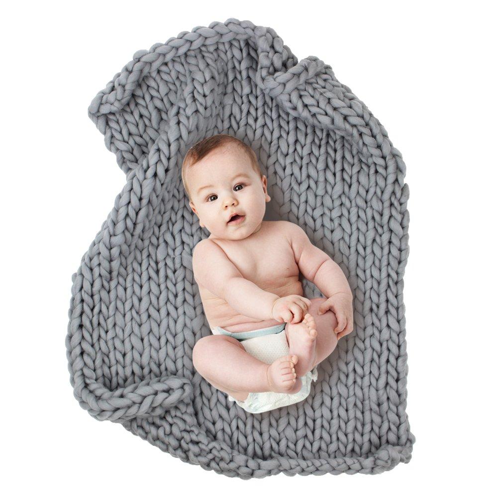 Play Tailor 23.6''x31.5'' Chunky Knit Blanket for Newborn Baby Photography, Multi Use Chunky Yarn Chair Pad and Sofa Cushion (Grey)