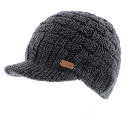 2f2f55b5ccf Kusan Peaked Beanie Cap (PK1533) (Charcoal)  Amazon.co.uk  Clothing
