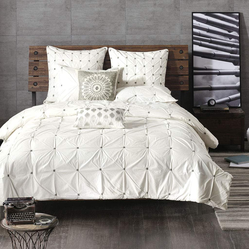 Ink+Ivy Masie King/Cal King Size Bed Comforter Set - White , Elastic Embroidery Tufted Ruffles – 3 Pieces Bedding Sets – 100% Cotton Percale Bedroom Comforters