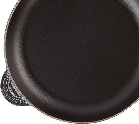 2.59 kg Induction Incluse Le Creuset Cerise Compatible avec Toutes Sources de Chaleur Po/êle en Fonte /Émaill/ée avec Manche en Bois /Ø 24 cm Ronde