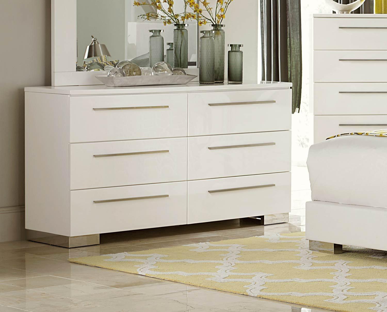 Lisle 6 Drawer Dresser in White High Gloss Lacquer
