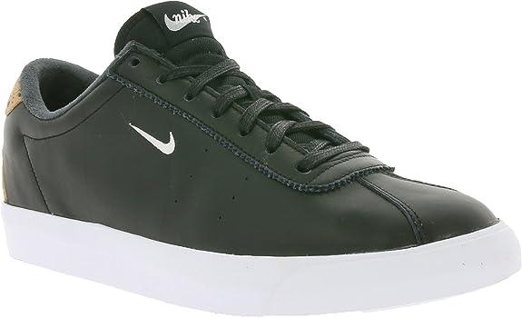 Nike Match Classic Suede Baskets pour Homme, Noir, 45.5