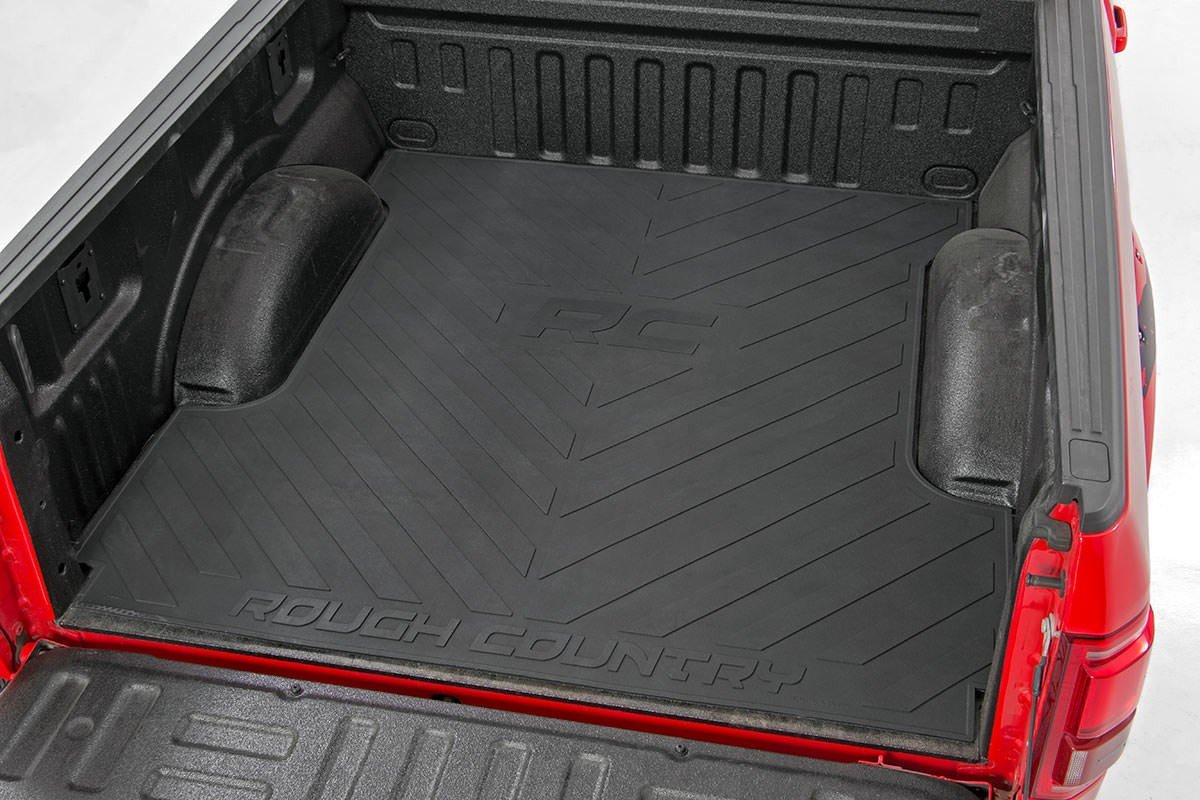 Rough Country Rcm655 Truck Bed Mat With Rc Logo 2017 1950 S Ford Long F 250 350 Super Duty Automotive