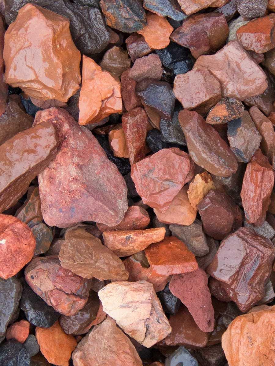 Roter Minenstein Ziersplitt 1000kg Big Bag 14-25mm