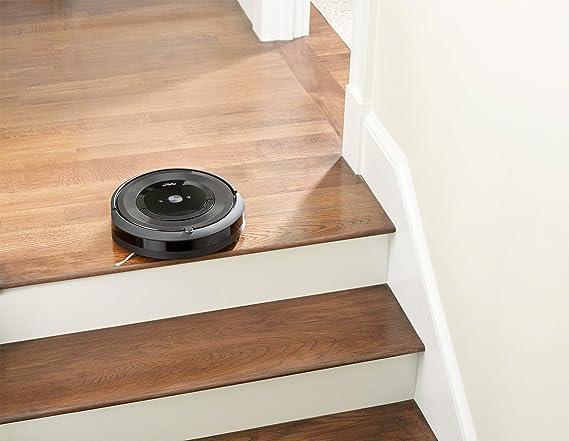 iRobot Roomba e5 Aspiradora robotizada, 0,6 L (Sin bolsa ...