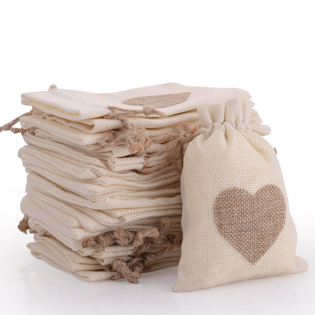 30pcs Burlap Bags with Drawstring Gift Pouches Heart Candy Jewelry Storage Package Sack for Wedding Bridal Shower Birthday Party Christmas Valentine's Day Favors DIY Craft, Natural 5.3x3.8 Inch handrong