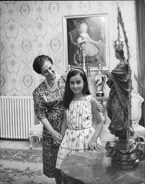 Vintage photo de Carmen Polo, 1st Lady of meirã ¡s con la hija de ...